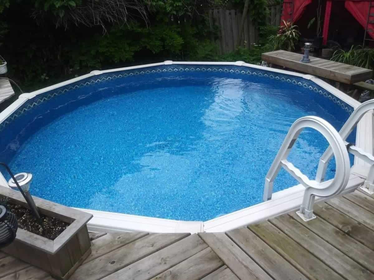 Modern Hot Tub Oasis in Beautiful Niagara Falls